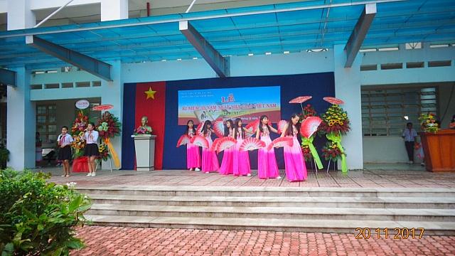 Kỷ niệm ngày Nhà giáo Việt Nam 20/11 năm học 2017-2018