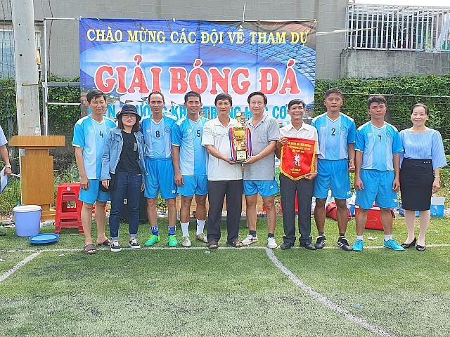 Trường THCS Trần Bình Trọng đạt giải nhất bóng đá liên trường năm học 2019-2020